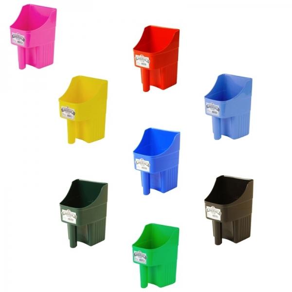 3-Quart Plastic Feed Scoop
